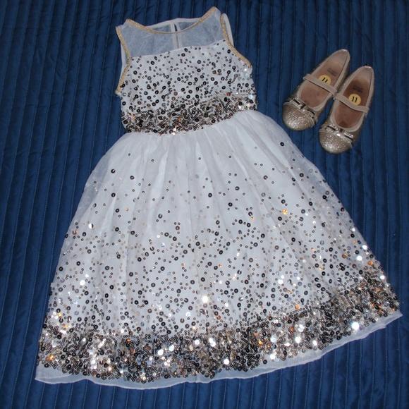 Girl/'s Speechless Ivory Gold Sleeveless Glitter Dress